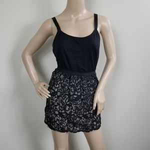 ANN TAYLOR LOFT BLACK AND NUDE LACE MINI SKIRT 8